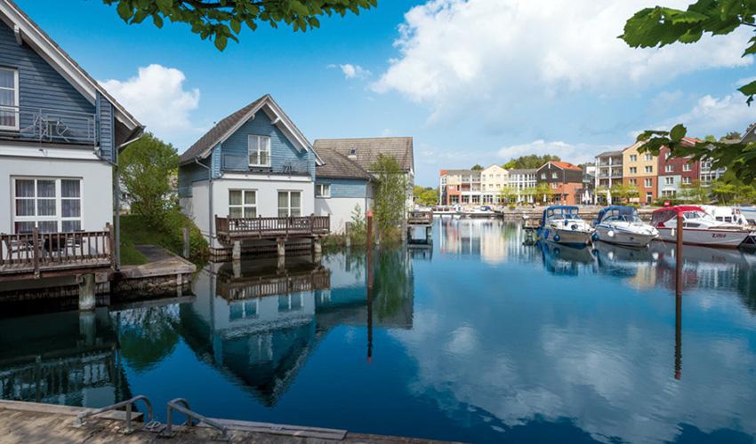 Best Western Plus Hotel Marina Wolfsbruch Ferienhäuser am Wasser